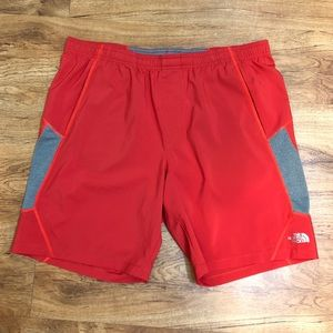 \The North Face\• Men's Flash Dry Shorts